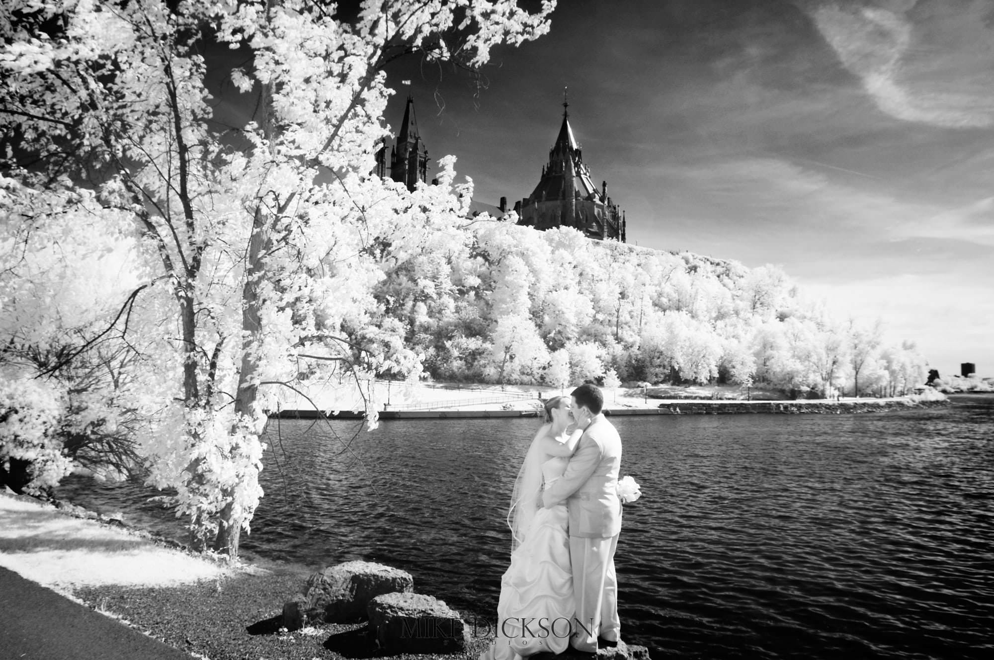 Ontario, Ottawa, Parliament Hill, Spring, Wedding, © Mike Dickson