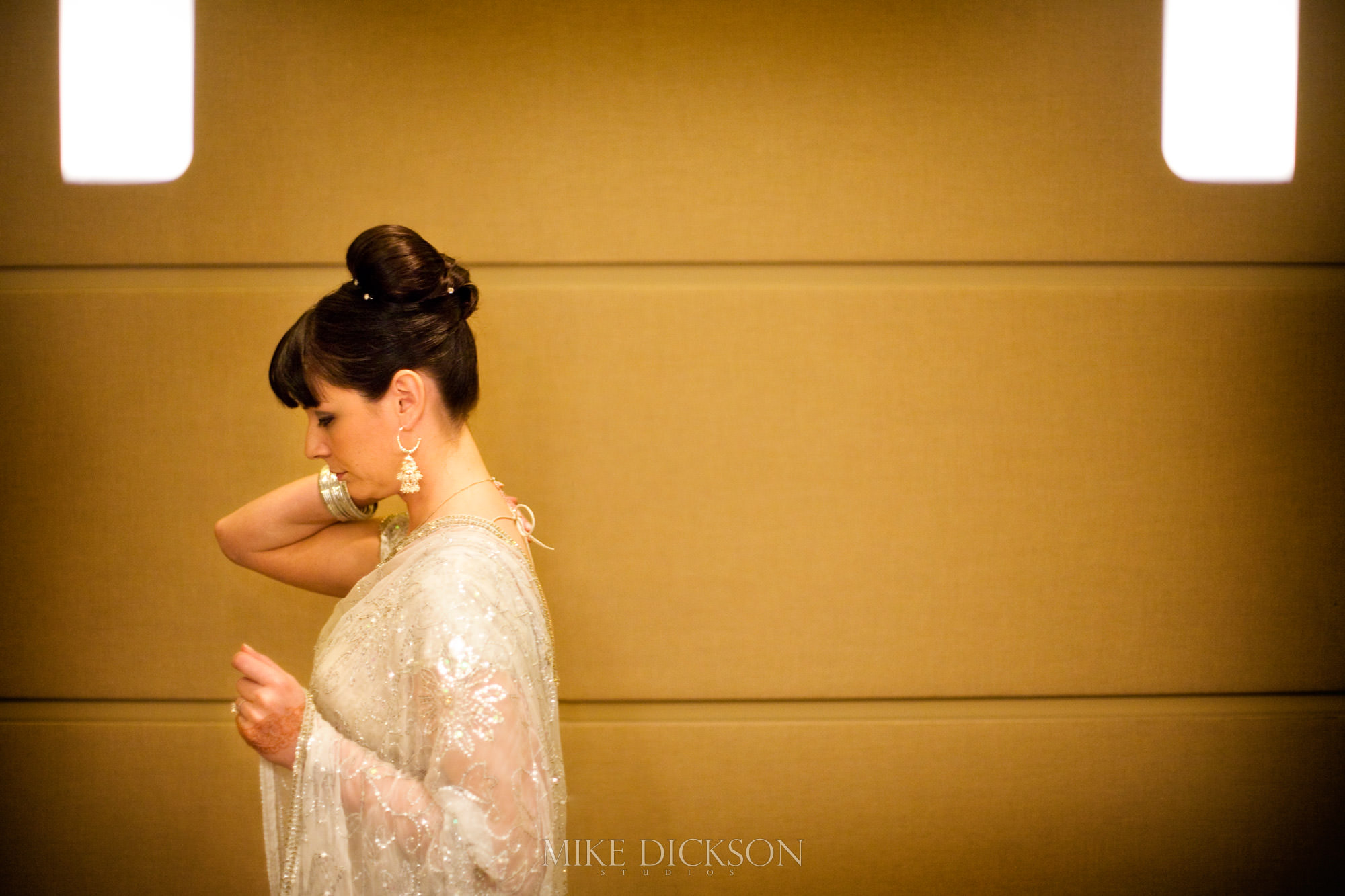 Gatineau, Museum of History, Preparation, Quebec, Wedding, Winter, © Mike Dickson