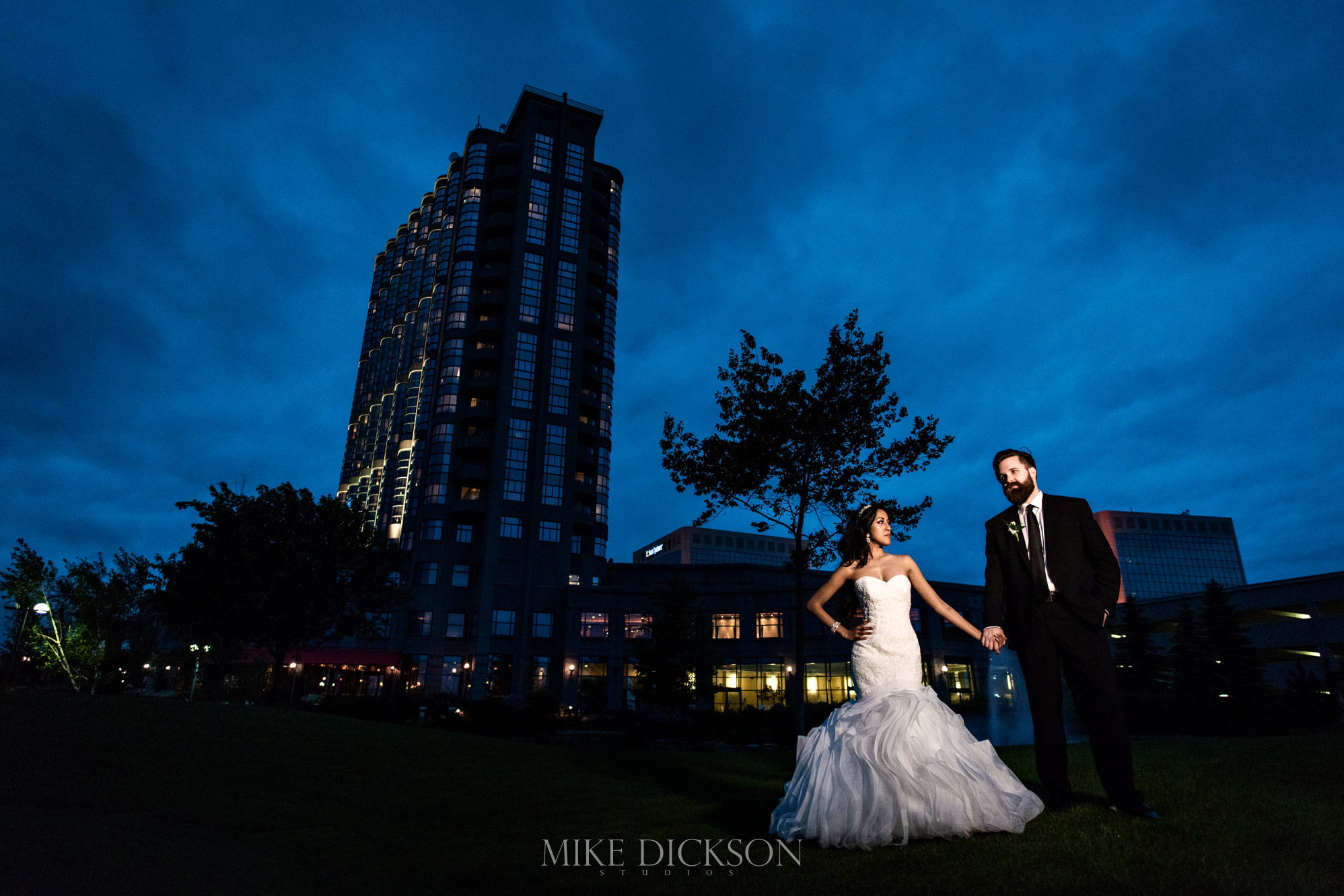 tasha-alex-036-brookstreet-hotel-ottawa-wedding-photographer-mike-dickson-502r-3967-md2